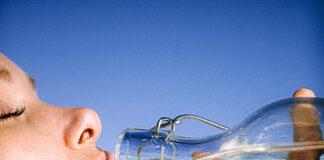 Ile wody dziennie powinniśmy pić na diecie